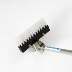 Seaboost Dock hull brush is designed to effectively clean boat bottoms ashore. You can also clean smaller boats on a shallow beach from the water.