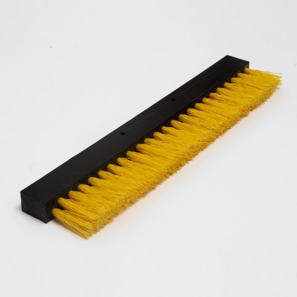 A 400 mm wide soft brush for Seaboost Powerbrush and Dock Brush that is stable and fast when you brush your boat from lighter fouling.